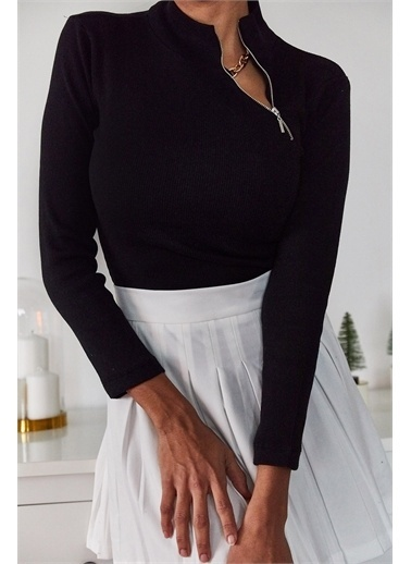 XHAN Siyah Yakası Fermuar Detaylı Bluz 1Kxk3-44707-02 Siyah